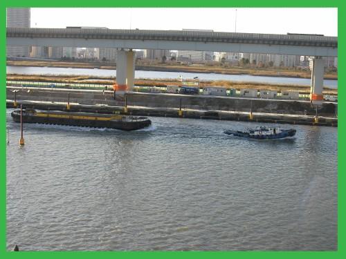 工事の船.JPG
